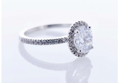 Halo Platinum Setting (Oval)