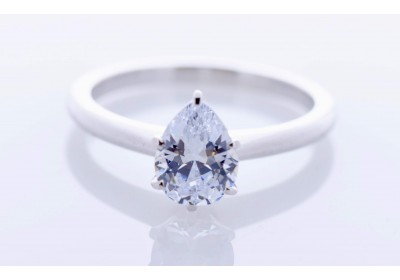 Classic Platinum Setting (Pear)