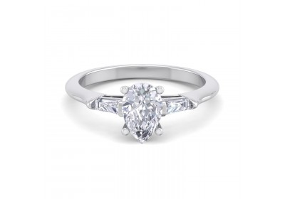 The Paris Diamond Platinum Setting (Pear)